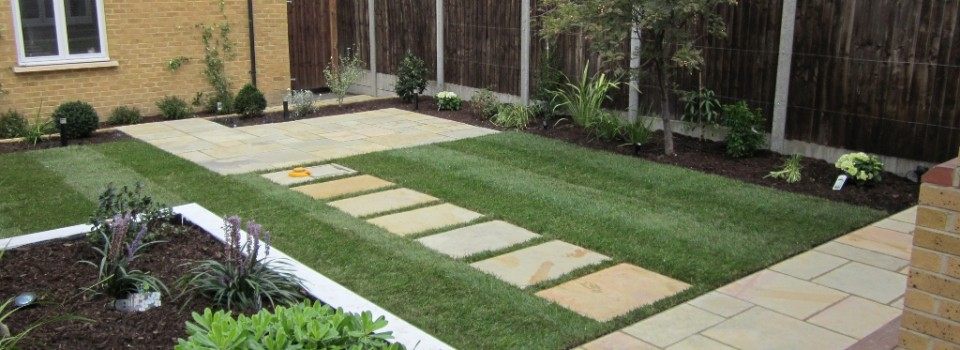 Eden gardens landscape gardening belfast call 44 0 for Landscape gardening for small gardens